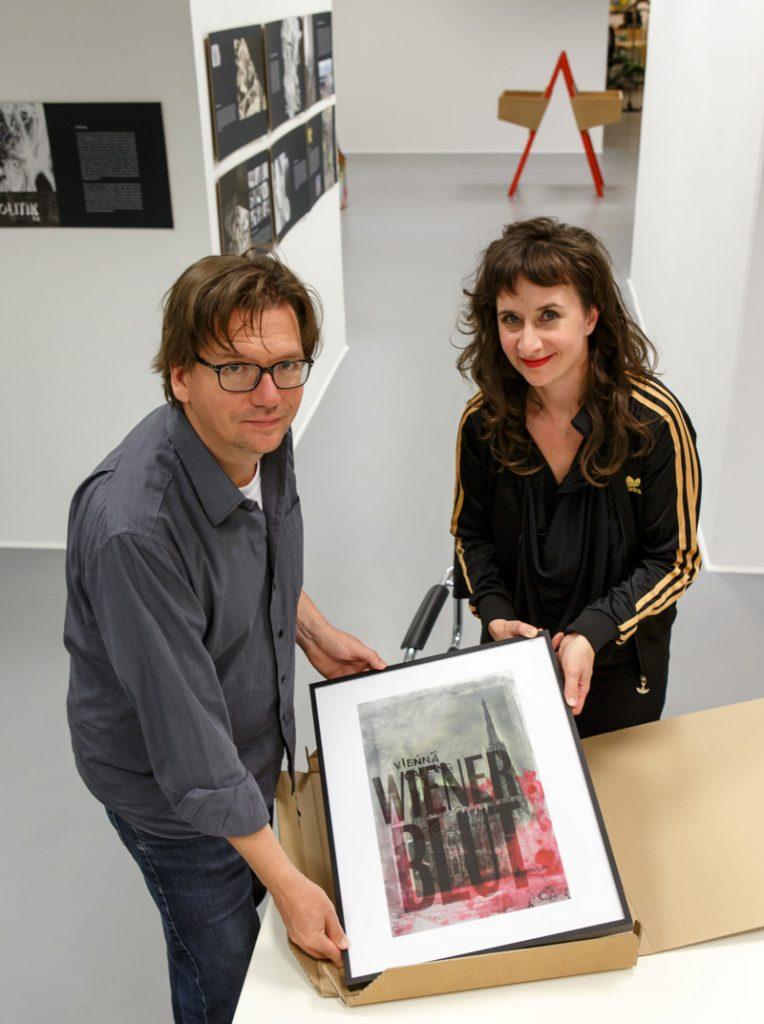 Peter Doujak mit Künstlerin Eva Silberknoll @Kunstsupermarkt Wien