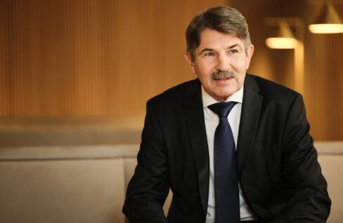CEO Ernst Vejdovszky
